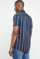 Jack & Jones - Trig short sleeve shirt - navy & red