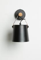 Sixth Floor - Flynn wall light - black