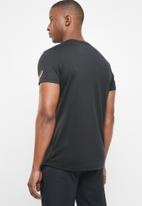 Asics - GPX short sleeve top - black & red