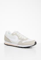 Nike - Wmns Nike md runner 2 - phantom/white-light cream & particle beige