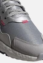 adidas Originals - NITE JOGGER - silver met./lgh solid grey/core black