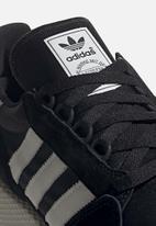 adidas Originals - FOREST GROVE - core black/cloud white/chalk white