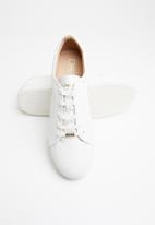 ONLY - Sage star sneaker - white