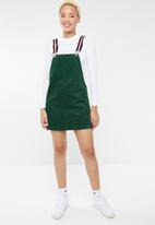 Forever21 - Corduroy pinafore dress with front pocket - green