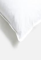 Sheraton Textiles - Feather inner - 55x55