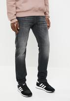 Diesel  - Thommer tapered jean - black