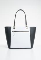 GUESS - Kamryn tote - black & white