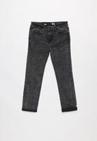 Cotton On - Kids ollie slim leg jeans - black
