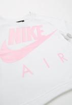 Nike - Nkg g nsw crop air crew - white