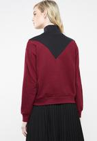 Superbalist - Colour block funnel neck sweat - burgundy & black