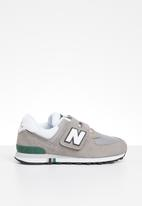 New Balance  - 574 - grey/ green