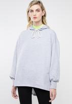 Superbalist - Dip hem hoodie - grey