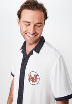 Cotton On - Collaboration shirt - white & black