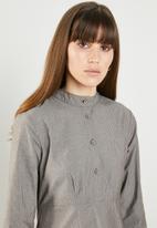 AMANDA LAIRD CHERRY - Babalwa shirtdress - grey