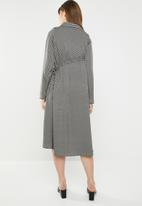 AMANDA LAIRD CHERRY - Bontle shirtdress - black & beige