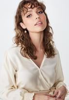 Cotton On - Georgie wrap blouse - cream