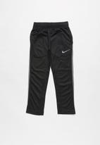 Nike - Nkb drifit trophy pant - black