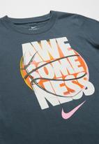 Nike - Nkb awesomeness basketball tee - grey