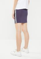 adidas Originals - Kylie Jenner x falcon x coeeze tape skirt - purple