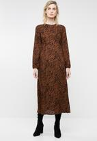 Superbalist - Hi neck midi dress - brown & black