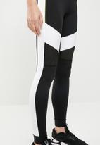 PUMA - Chase legging - black & white