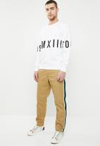 Only & Sons - Napoleon crew neck sweater - white