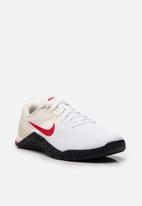 Nike - Metcon 4 XD - pale ivory / mystic red / white / gold