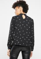 ONLY - Malory printed blouse - black & white
