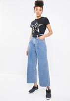 STYLE REPUBLIC - Sequined star T-shirt - black