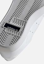 adidas Originals - Sleek W - ftwr white / core black