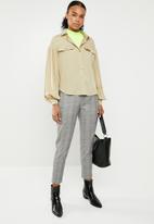 Superbalist - Blouson sleeve utility shirt - neutral