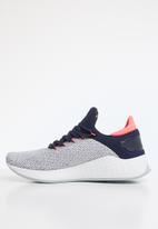 New Balance  - WLAZRSG2 - Future sport - grey