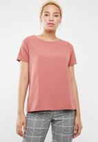 c(inch) - Open back blouse - pink