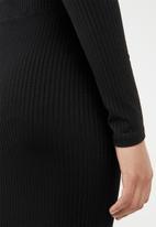 STYLE REPUBLIC - Ripped pencil skirt - black