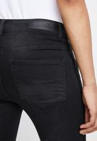 Vero Moda - Seven slim velvet side tape jeans - black