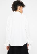 Vero Moda - Flow long sleeve midi shirt - white