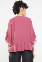 Vero Moda - Malva minni peplum top - pink