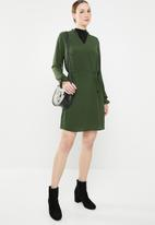 Jacqueline de Yong - Gorgeous long sleeve dress - green