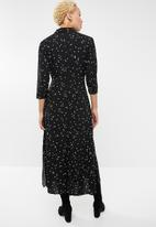 Jacqueline de Yong - Gitte 3/4 maxi shirt dress - black & white