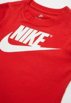 Nike - Nkb the futura is mine short sleeve tee - red