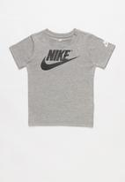 Nike - Nkb the futura is mine short sleeve tee - grey