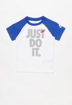 Nike - Nkb nsw jdi short sleeve raglan tee - multi