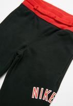 Nike - Nkb nike air fleece pant - multi