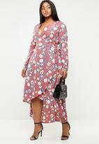 Missguided - Curve dotted floral wrap dress - multi