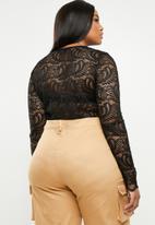 Missguided - Curve lace long sleeve bodysuit - black