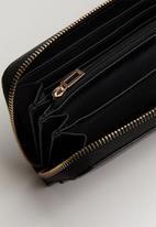 GUESS - Carys large zip around - black