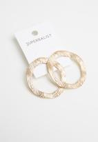 Superbalist - Josie earrings - gold