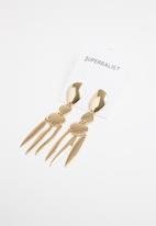 Superbalist - Blake drop earrings - gold
