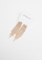 Superbalist - Grace curtain drop earrings - gold