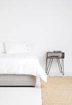 Sixth Floor - Button cotton duvet set - white/brown